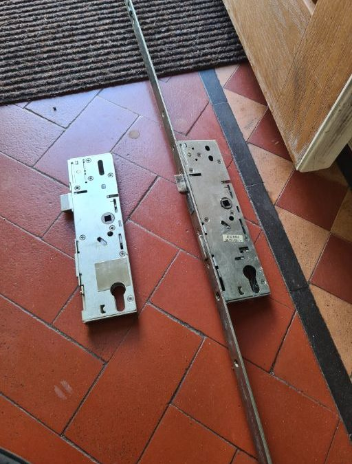 locksmiths Newport composite door lock