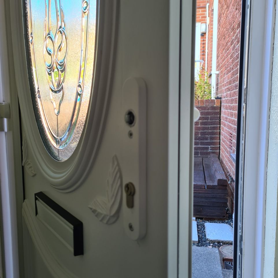 New uPVC Front Door Handle Newport